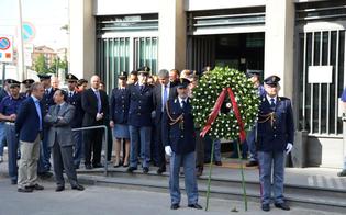 http://www.seguonews.it/ricordare-il-sacrificio-dei-nostri-poliziotti-primo-atto-del-questore-bruno-megale-insediato-a-caltanissetta