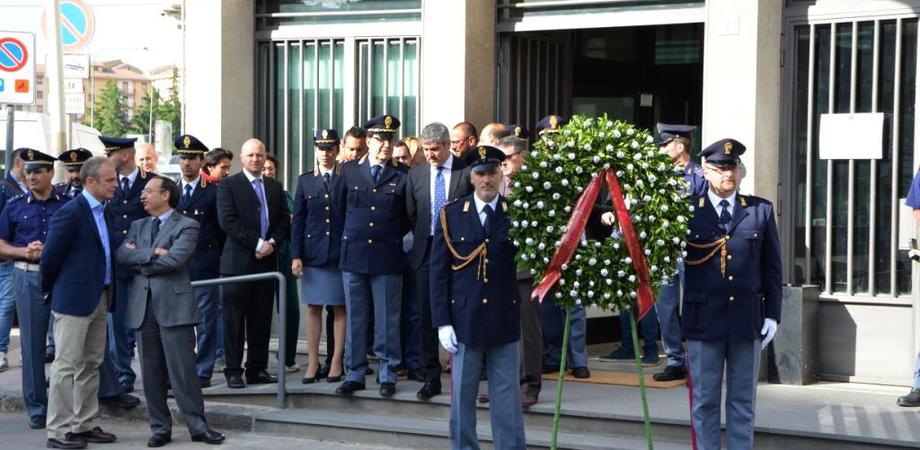 """""""Ricordare il sacrificio dei nostri poliziotti"""". Primo atto del questore Bruno Megale insediato a Caltanissetta"""
