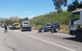 http://www.seguonews.it/scontro-tra-monovolume-e-carroattrezzi-nel-nisseno-grave-una-donna-tre-persone-ferite
