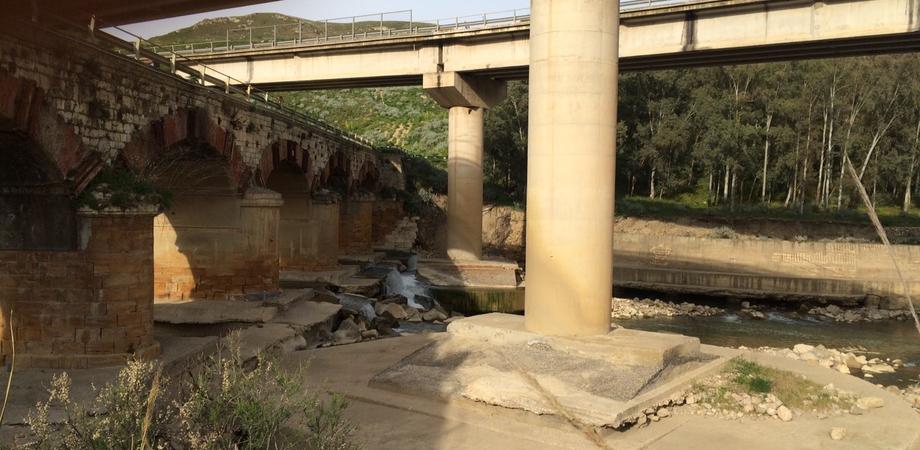 """Ponte Cinque Archi insicuro? L'Anas smentisce: """"Fondazioni della carreggiata profonde, nessun problema di staticità"""""""