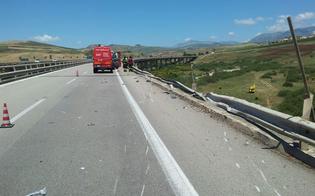 http://www.seguonews.it/la-tragedia-sulla-a19-illeso-il-corriere-di-caltanissetta-faraone-barriere-inadeguate-si-dimettano-i-vertici-anas