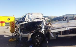 http://www.seguonews.it/padre-e-figlio-morti-dopo-il-volo-dal-viadotto-a19-la-polstrada-di-caltanissetta-indaga-sulle-cause-dellincidente