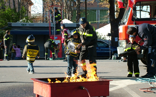 https://www.seguonews.it/alla-villa-amedeo-inizia-pompieropoli-cosi-i-bambini-imparano-la-sicurezza-in-casa