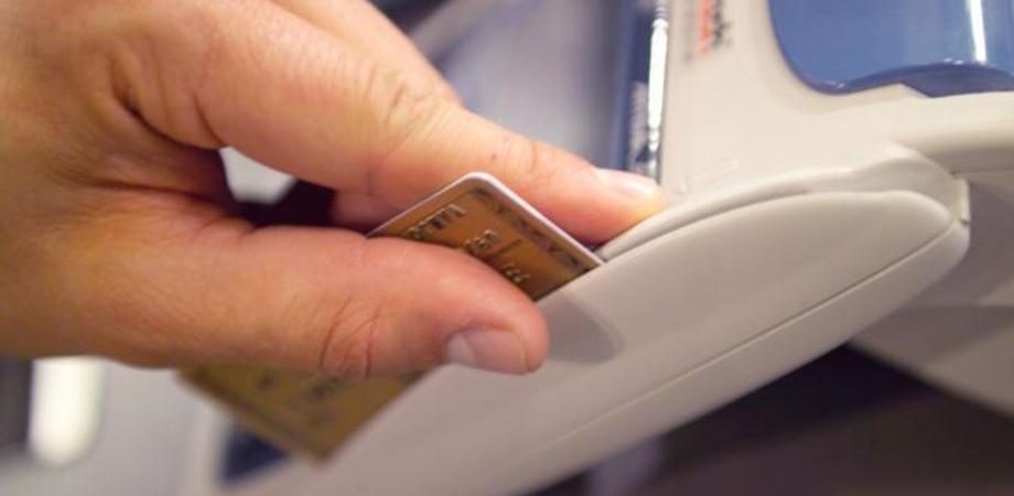 """""""Spese personali con la carta di credito dell'Ato"""". Peculato, l'ex presidente Giuseppe Cimino patteggia pena di 2 mesi"""