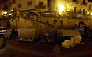 http://www.seguonews.it/il-raid-nel-centro-storico-di-caltanissetta-vandali-ripresi-dalle-telecamere-di-banche-e-negozi-indagini-serrate