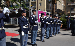 http://www.seguonews.it/i-163-anni-della-polizia-di-stato-venerdi-cerimonia-a-caltanissetta-furti-in-calo-denunciati-in-aumento-ecco-i-premiati