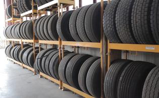 http://www.seguonews.it/colpo-in-un-deposito-alla-zona-industriale-di-san-cataldo-rubati-furgone-e-numerosi-pneumatici