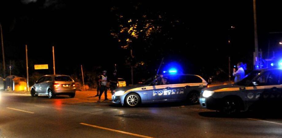 A spasso con i coltelli, due giovani fermati a Caltanissetta dalla Polizia: denunciati
