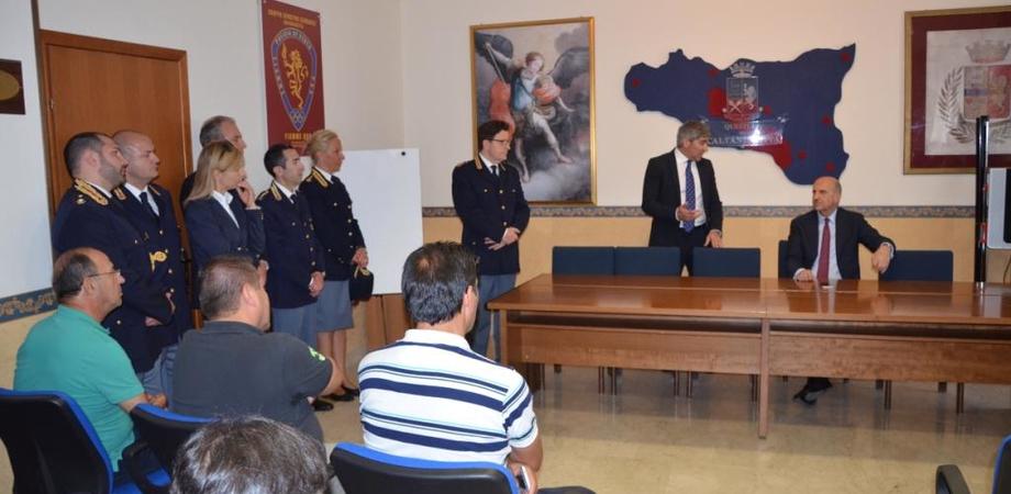 """Visita del capo della Polizia a Caltanissetta. Pansa elogia il personale: """"Grazie per il vostro impegno"""""""