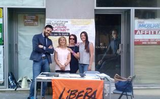 http://www.seguonews.it/reddito-di-dignita-libera-e-radici-della-legalita-in-piazza-a-caltanissetta-per-la-raccolta-firme
