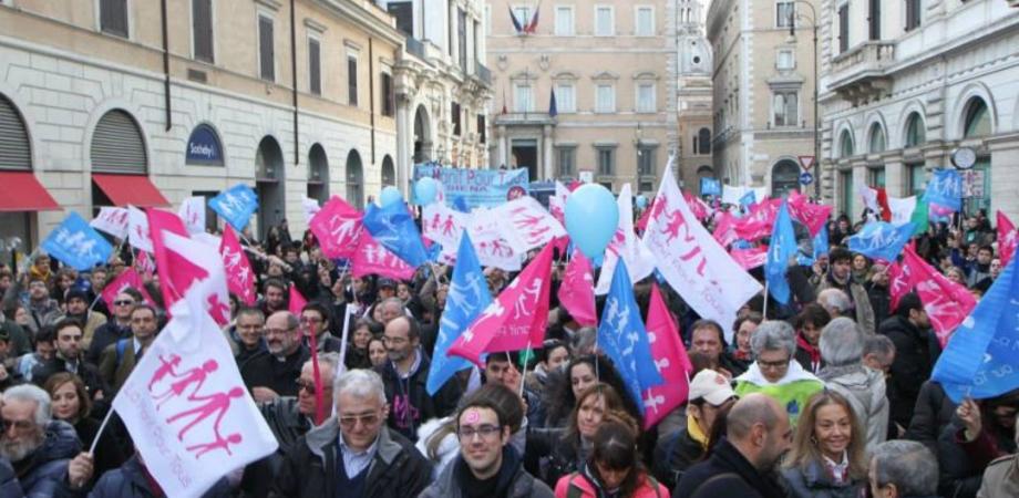Family Day. Il Cav offre supporto logistico per partecipare alla manifestazione di Roma