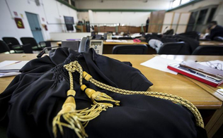 http://www.seguonews.it/larresto-dellavvocato-danilo-tipo-la-camera-penale-tempi-brevi-per-accertare-lestraneita-del-collega