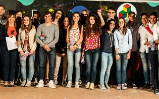 http://www.seguonews.it/giornata-dei-meriti-al-volta-premiati-gli-studenti-eccellenti