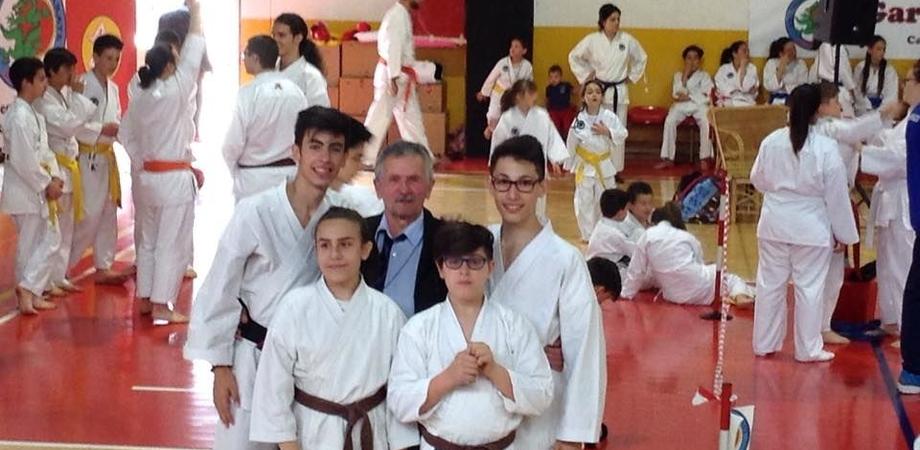 "Karate, trionfo degli allievi ""Hiroshy Shiraj"" ai campionati regionali kumite"