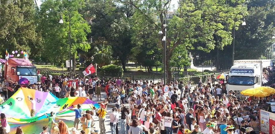 """Sabato Palermo Pride 2015. Il sindaco Orlando: """"La legalità dei diritti è garanzia di sviluppo sociale"""""""