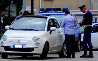 http://www.seguonews.it/sfreccia-in-auto-con-carico-di-droga-in-casa-trovato-il-kit-del-pusher-giovane-finisce-in-manette-a-niscemi