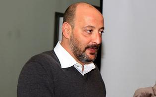 http://www.seguonews.it/caso-tutino-si-difende-lautore-dello-scoop-licenziato-da-crocetta-ma-nessuna-vendetta-ho-fatto-il-cronista