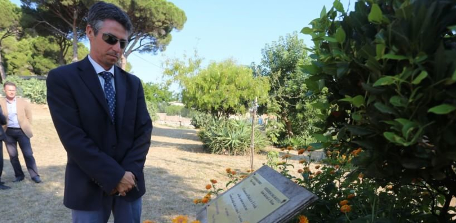 """Via D'Amelio, tra ricordi e veleni. Il figlio di Borsellino al Giardino della Memoria: """"Grazie a chi non dimentica"""""""