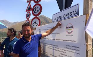 http://www.seguonews.it/trazzera-chiusa-e-maltempo-il-grillino-cancelleri-spara-a-zero-contro-crocetta-sicilia-sottacqua-per-colpa-vostra