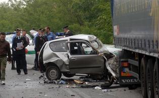 http://www.seguonews.it/si-schianta-contro-camion-un-morto-a-bologna-illeso-camionista-di-caltanissetta