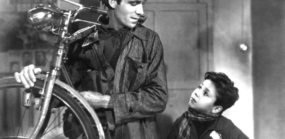 San Cataldo. Ruba la bicicletta ad un bambino, ladruncolo scoperto e denunciato dai carabinieri