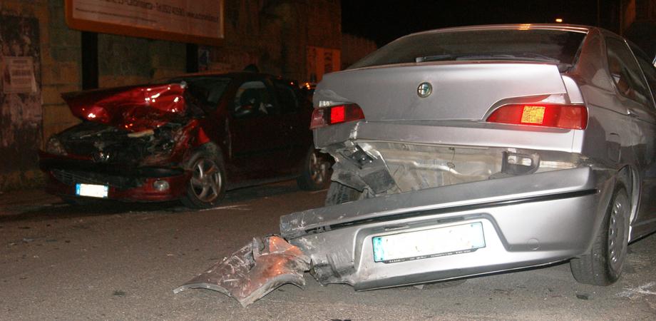 Santa Caterina. Ubriaca da etanolo provoca incidente stradale, donna denunciata dai carabinieri