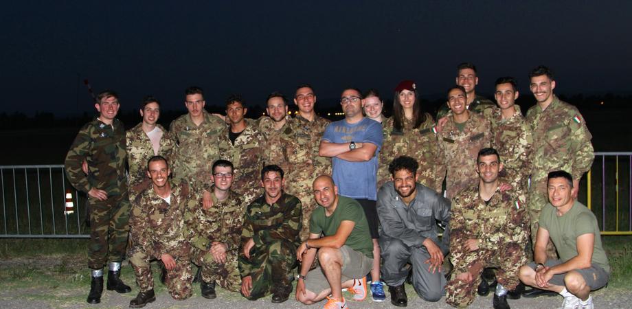 Ali d'argento per 14 nuovi paracadutisti. Emozioni in cielo per gli allievi AnpdI Caltanissetta