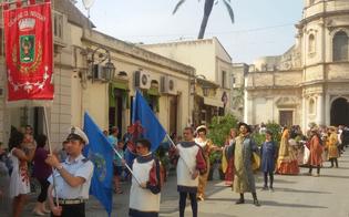 http://www.seguonews.it/niscemi-al-palio-di-floridia-il-sindaco-la-rosa-promuove-un-circuito-turistico