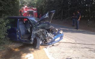 http://www.seguonews.it/carambola-autonoma-a-pian-del-lago-auto-distrugge-centralina-enel-tre-persone-ricoverate-in-ospedale