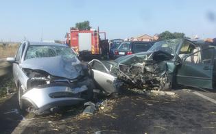 http://www.seguonews.it/sangue-sulle-strade-del-nisseno-scontro-frontale-tra-auto-muore-pensionato-feriti-tre-giovani