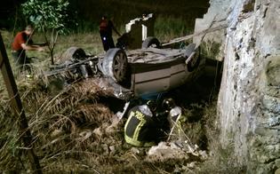 http://www.seguonews.it/incidente-a-caltanissetta-sballato-prende-lauto-del-padre-e-si-ribalta-in-campagna-con-lamico-diciassettenne-denunciato