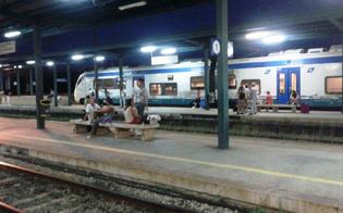 http://www.seguonews.it/odissea-a-xirbi-il-treno-ritarda-due-ore-passeggeri-esasperati-lasciati-senza-bagni-ne-acqua-viviamo-nel-degrado