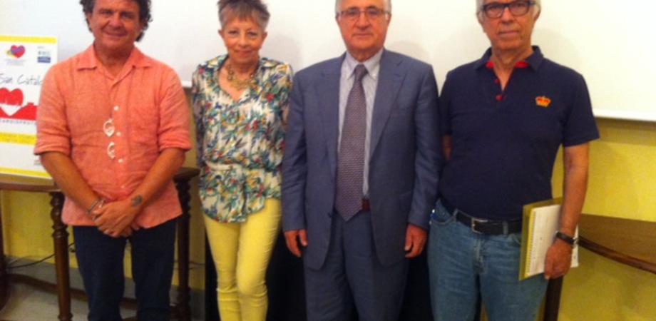 """Defibrillatori in tutti i quartieri. San Cataldo la prima città siciliana """"cardioprotetta"""""""
