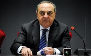 http://www.seguonews.it/lintercettazione-del-caso-tutino-indagati-i-giornalisti-de-lespresso-calunnia-e-notizie-false