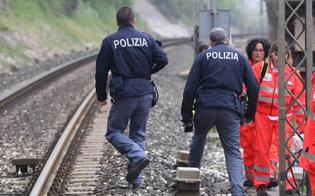 http://www.seguonews.it/incidente-sulla-linea-ferroviaria-a-pian-del-lago-immigrato-colpito-da-vagone-in-corsa-e-in-prognosi-riservata