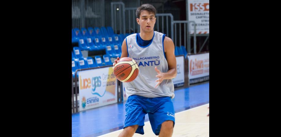Basket, un nisseno in serie A. Ruben Zugno arruolato nella Pallacanestro Cantù