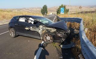 http://www.seguonews.it/caltanissetta-perde-il-controllo-dellauto-schianto-sulla-bretella-a19-conducente-ferito