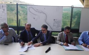 http://www.seguonews.it/il-ministro-delrio-sul-viadotto-himera-sicurezza-e-celerita-per-il-by-pass-sulla-a19