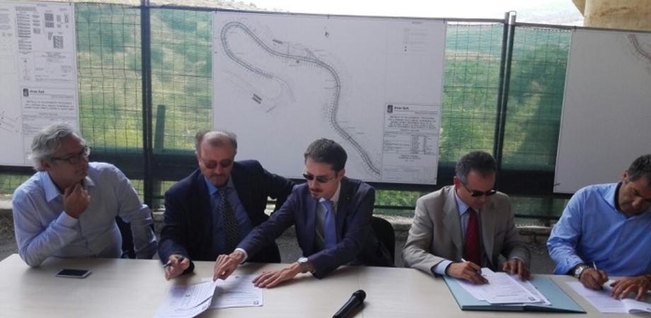 """Viadotto Himera. Ministro Delrio: """"Sicurezza e celerità per il by-pass sulla A19"""""""