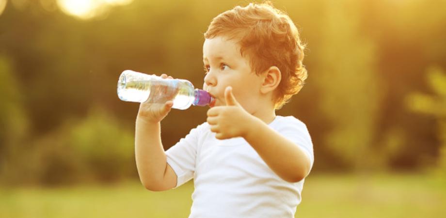 """Croce Rossa: """"Come prevenire la disidratazione nei bambini"""""""