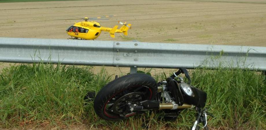 Tour in moto sulle Madonie, centauro nisseno si schianta: amputata una gamba