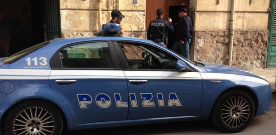 Prevenzione del crimine a Caltanissetta: le volanti della Polizia controllano persone e mezzi