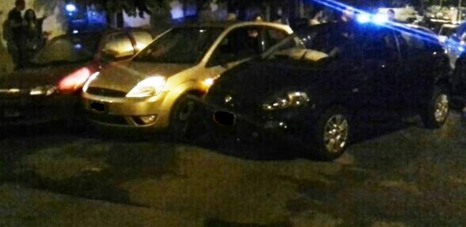 Incidente in viale Margherita. Nisseno ubriaco alla guida perde il controllo e danneggia quattro auto: donna ferita