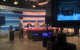 http://www.seguonews.it/antenna-sicilia-giornalisti-e-tecnici-non-si-fermano-lavoriamo-fino-al-licenziamento-i-nostri-soldi-per-il-sociale