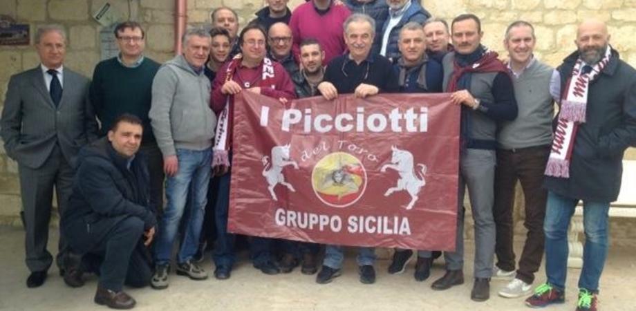 """""""Quelli che il calcio"""", domenica diretta da Caltanissetta con i Picciotti del Toro"""