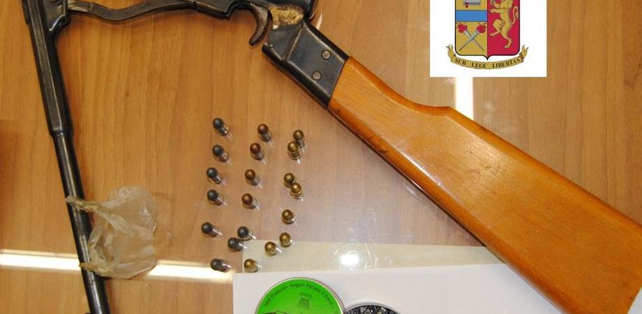 Gela. Armi e munizioni detenute illegalmente. La Polizia di Stato denuncia un sessantenne