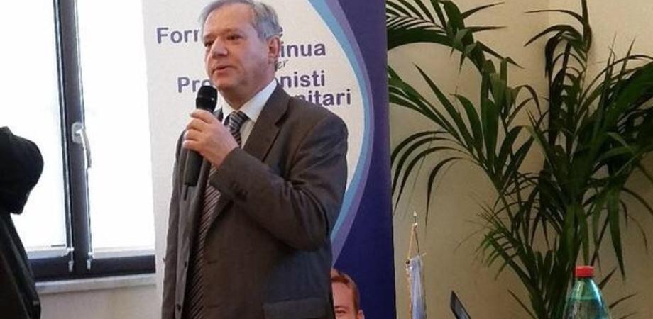 Sant'Elia. Dopo 41 anni va in pensione  Antonino Salvo, primario di Malattie Infettive