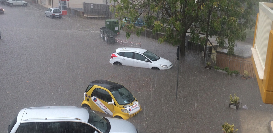 Maltempo a Caltanissetta, campagne allagate dopo il nubifragio. A San Cataldo mezzo metro d'acqua in alcune strade