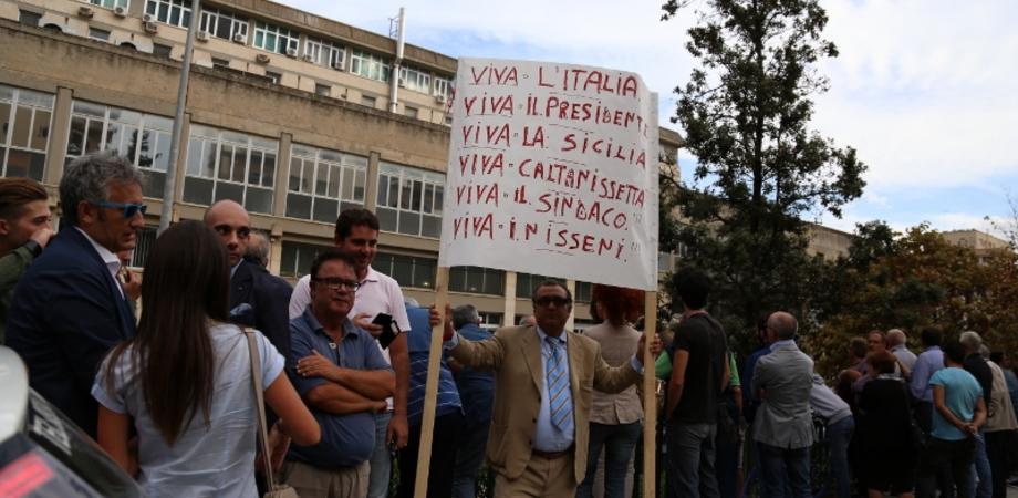 """""""Presidente Mattarella, Caltanissetta ha voglia di rialzarsi"""". LE FOTO DELLA GIORNATA"""