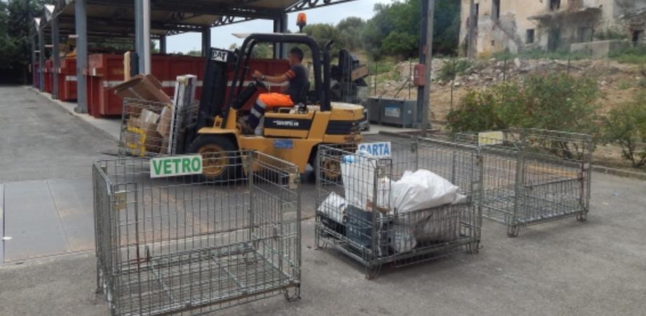 A Caltanissetta riciclare conviene. Esiste un centro per la raccolta differenziata ma in pochi lo sanno